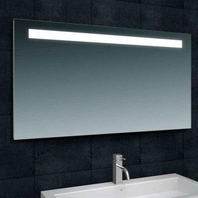 Badkamerspiegel Tiger 120x80cm Geintegreerde LED Verlichting Lichtschakelaar